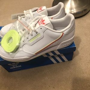 BNWT women's Adidas Continental 80 J shoes SZ 7!!